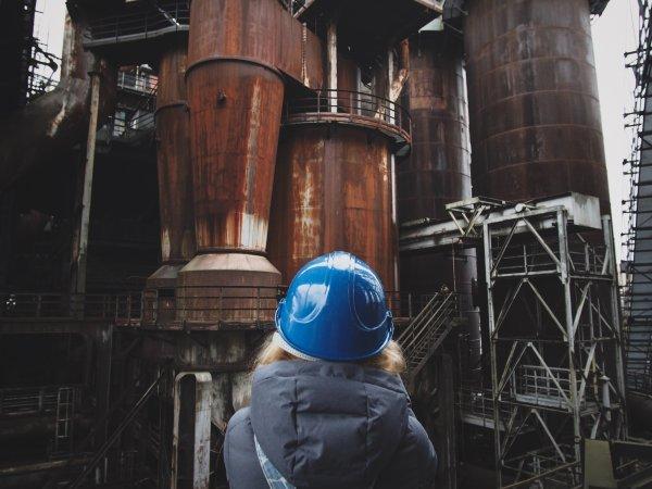 工場研修はメーカー入社の宿命。総合職営業系新入社員がリアルを語ります。